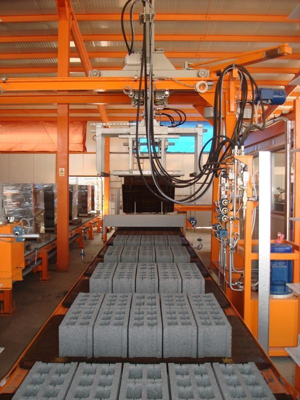 SUMAB SALE! U-1000 (1000m2/shift) High Capacity Block Machine Betonsteinmaschine
