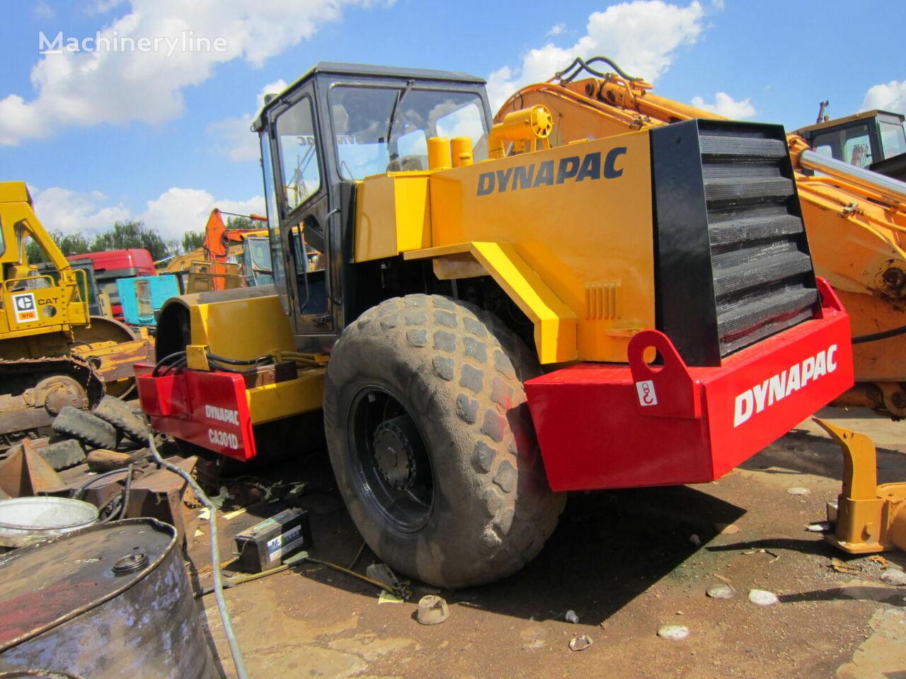 DYNAPAC CA301D Walzenzug