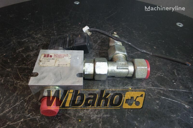 Integrated hydraulics 21028F2406 Hydraulikverteiler für Radlader