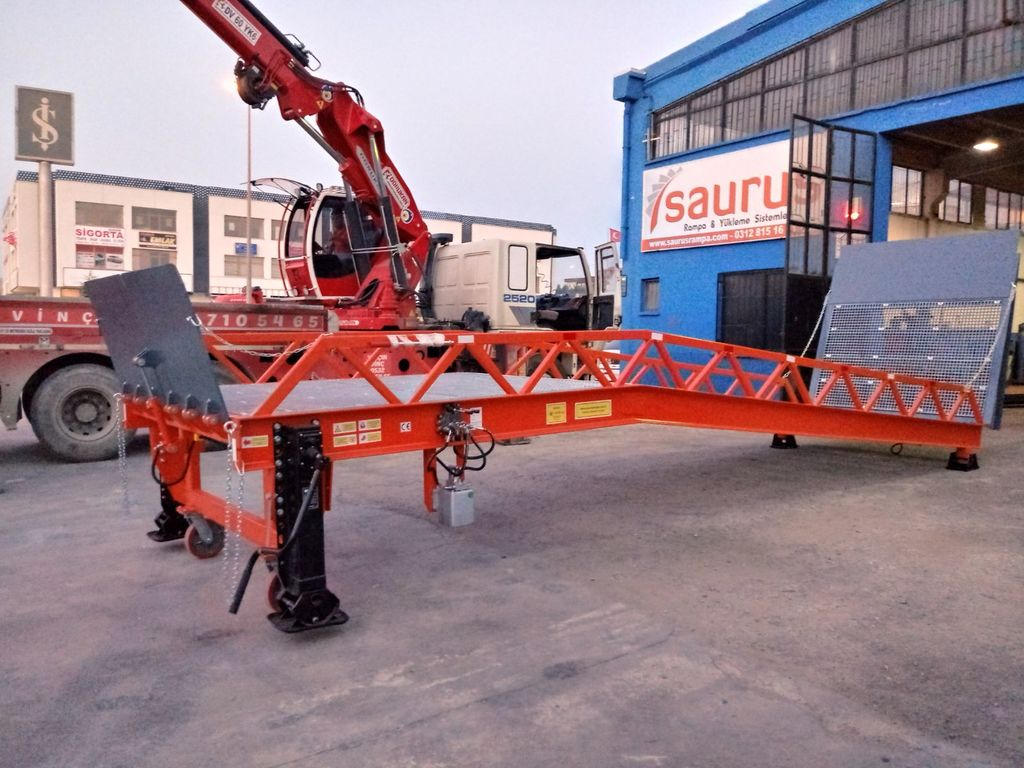 neue SAURUS 2019 MOBILE LOADING RAMP Mobile Verladerampe