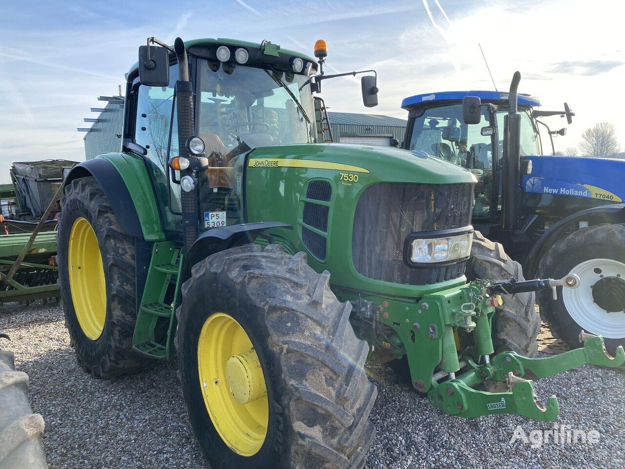 JOHN DEERE 7530 PREMIUM Radtraktor