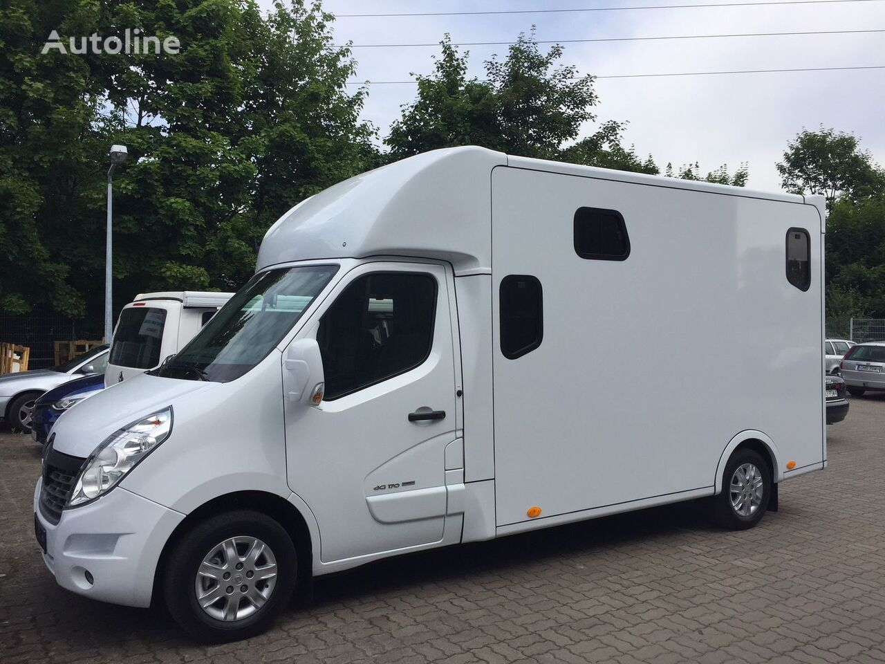 RENAULT Master 170,2 horse 5 people, 13500km, LAST ONE IN THAT PRICE! Pferdetransporter